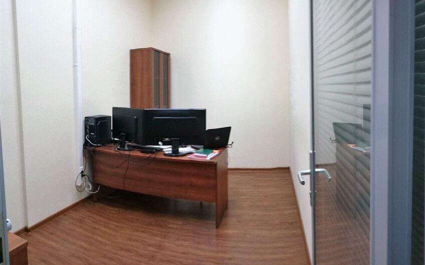 Офис в бизнес-центре «W Plaza»